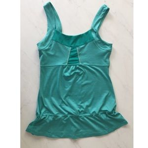 Lucy | Green Workout Tank Top Size Small